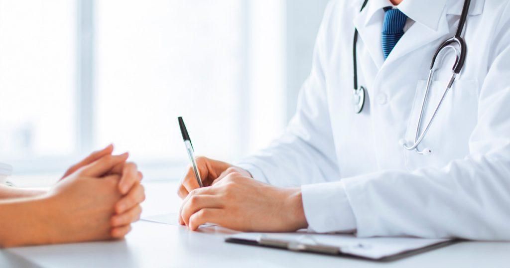 Diputados contratan 2 seguros médicos